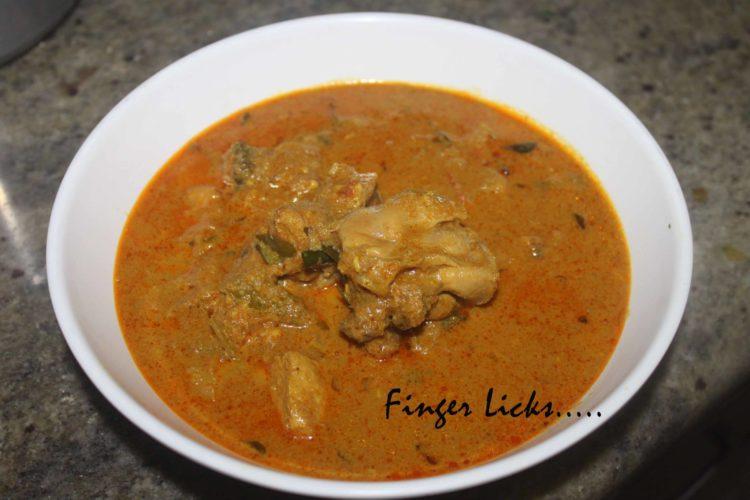 Varutharacha Kozhi Curry (Malabar Style)