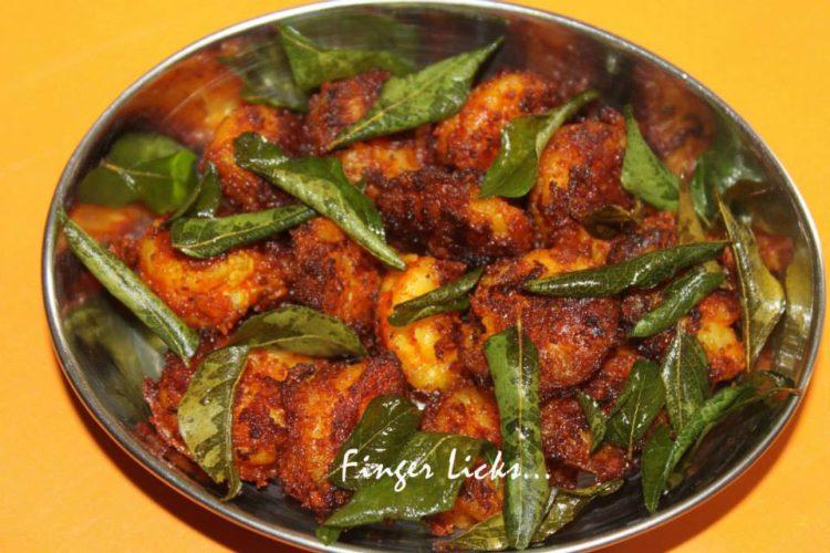 Kerala Style Prawns Dry Fry/ Chemmeen Fry