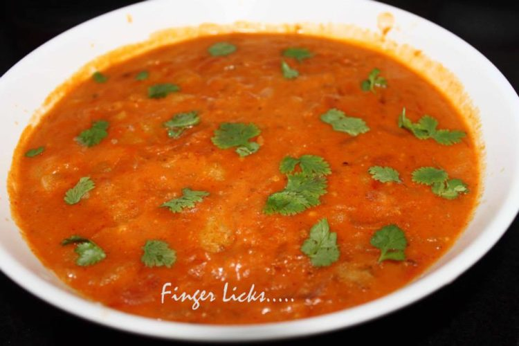 Potato Gravy/ North Indian Style Potato Curry