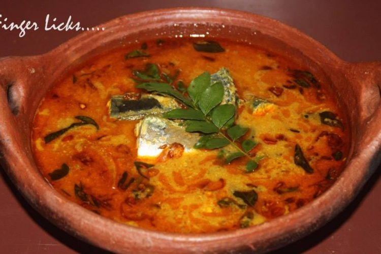 Thenga Aracha Meen Curry/ Fish Curry in Coconut paste